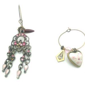 Paire de boucles d'oreilles asymétriques Vintage modèle Coeur fleuri