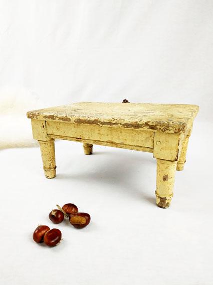 repose-marche-pied-table